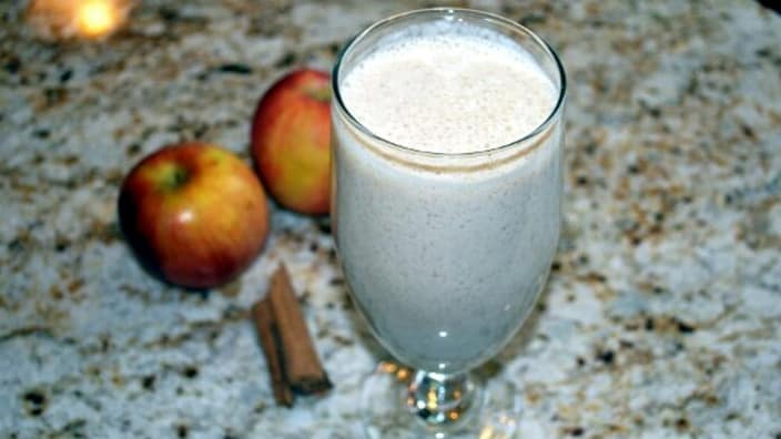 our delicious cinnamon apple smoothie Image